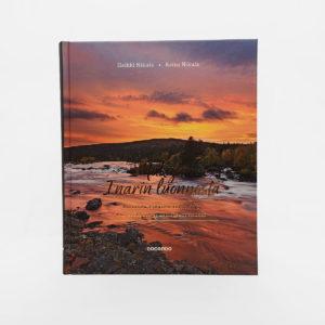 Makuja Inarin luonnosta kirjan kansi