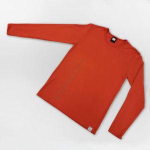Oranssi pitkähihainen paita, jossa kuvio Nangukorusta